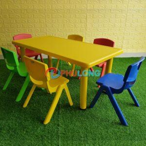 ban-ghe-tre-em-mau-giao-pl0103-yellow