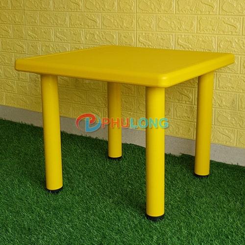 ban-nhua-cho-be-pl0102-yellow