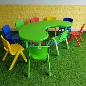 ban-nhua-duc-mam-non-ban-nguyet-pl0105-green