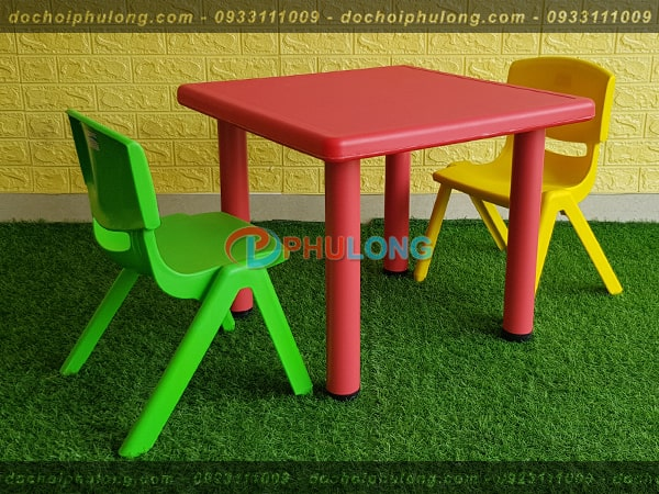 bo-ban-ghe-cho-be-cao-cap-pl0102-red