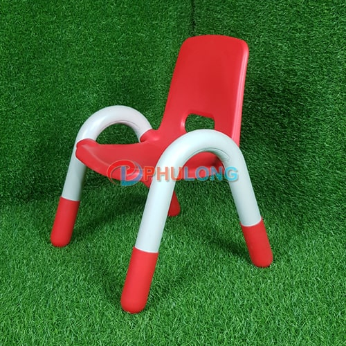 ghe-nhua-tre-em-tay-vin-pl0110-red