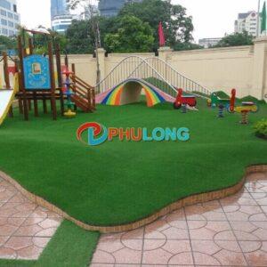 thi-cong-tham-co-nhan-tao-tphcm-pl2203